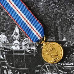 Queens GOLDEN JUBILEE Medal -  Miniature