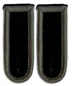 Waffen-SS Scharfuhrer Subdued Shoulder Boards