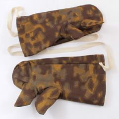 Blurred Edge Camouflage Reversible Winter Gloves - Thumbnail