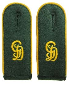 Grossdeutschland Bottle Green Shoulder Boards