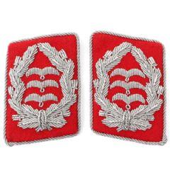 Luftwaffe Flak Division Oberst Collar Tabs - Red