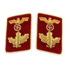 NSDAP Dienstleiter Collar Tabs