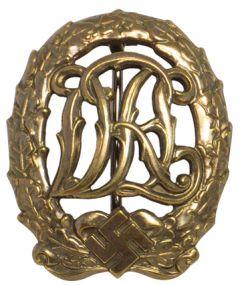 WW2 DRL Sports Badge in Bronze
