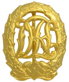 WW2 DRL Sports Badge in Gold