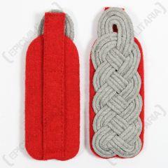 WW2 German Senior Officer Shoulder Boards - Red Piped