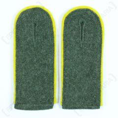 WW2 German Signals EM Shoulder Boards Field Grey (Lemon Yellow piped)