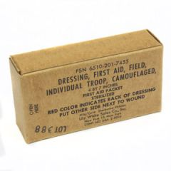 Original US Vietnam War Era First Aid Field Dressing Thumbnail